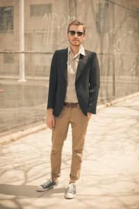 converse-shoes-bdg-shirt-ray-ban-sunglasses-levis-pants_400